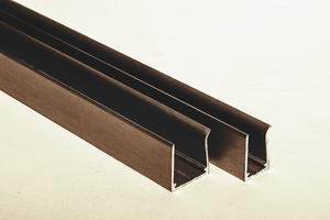 "Ukončovací AL ""U"" profil jednoduchý 2,1m 10mm - hnědý elox - 1/2"